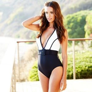 La Blanca Belted Plunge Mio One Piece Swimsuit 8